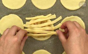 Mini Apple Pies Rezept mit Herbstzucker