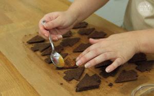Ischler Törtchen Rezept: Marmelade auftragen