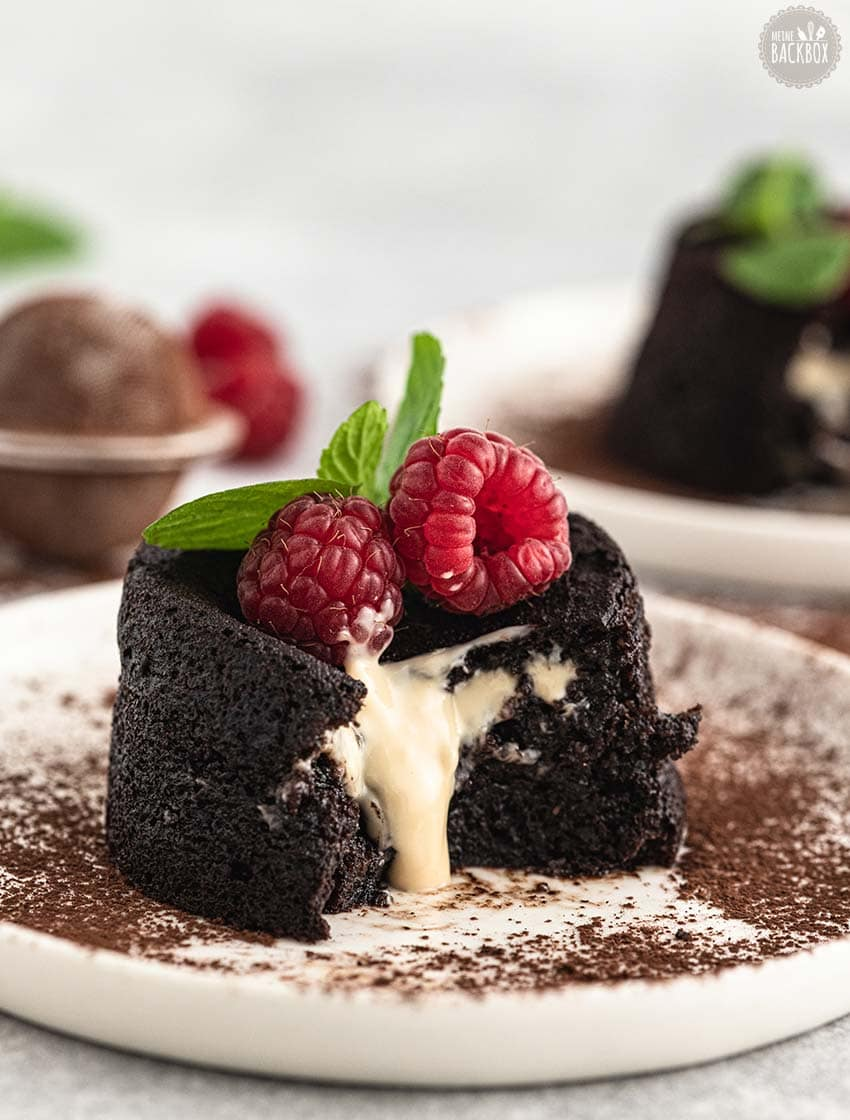 Schoko Lava Cake mit Mandelcreme