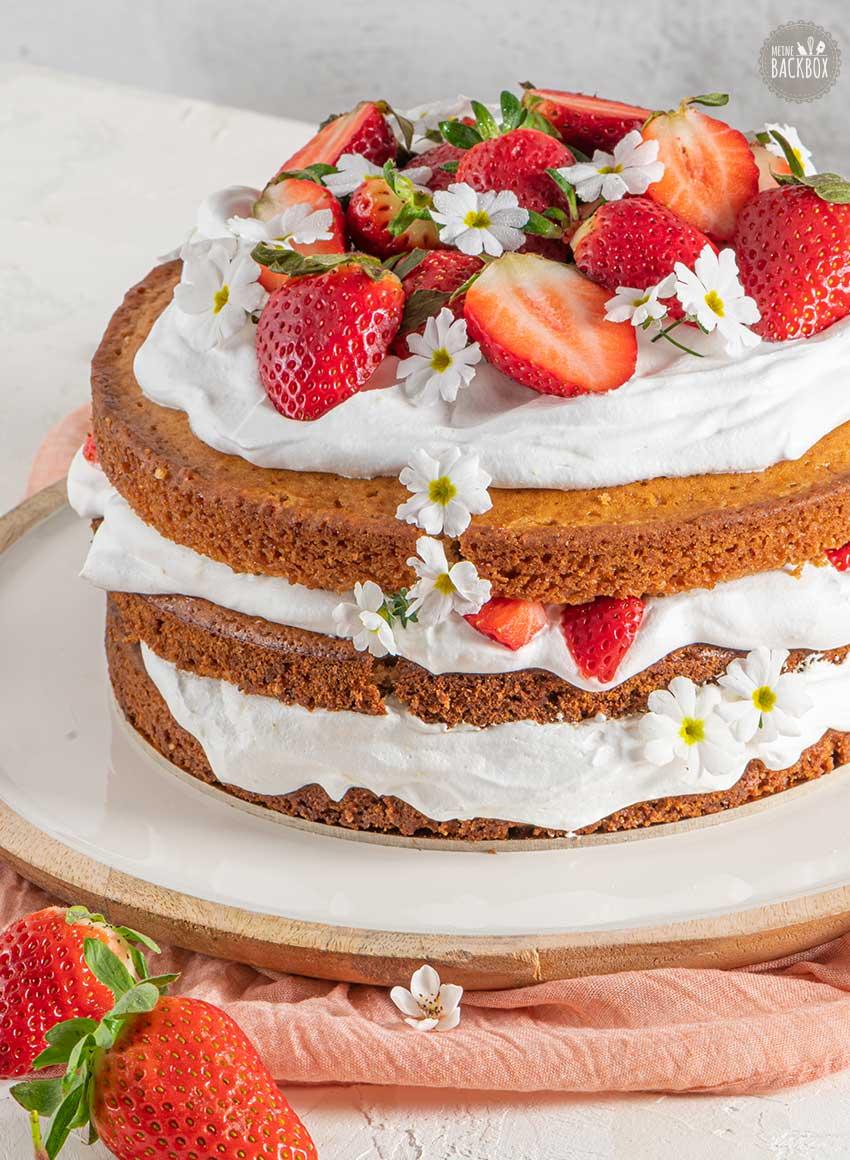 Sneak Beerenstark Box: Erdbeer-Torte