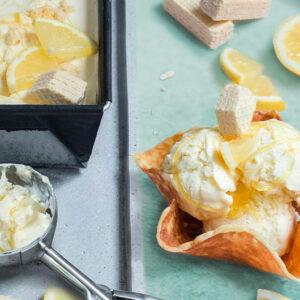 Lemon Cheesecake Eis mit Cookie Dough