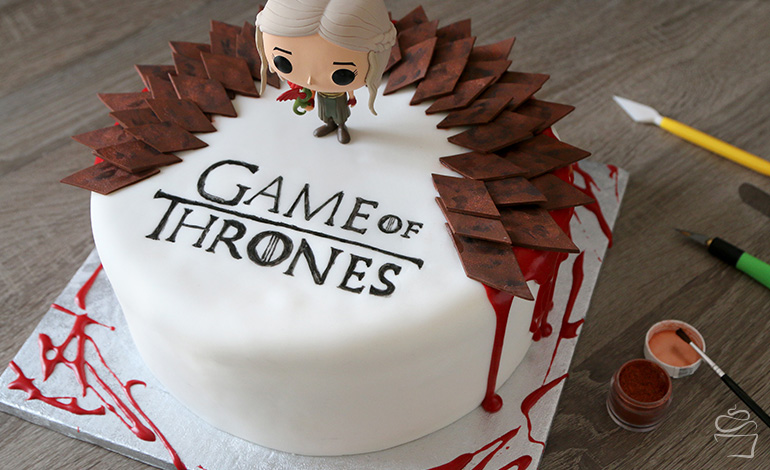 Game Of Thrones Cake Red Velvet Und Weisse Schokolade Meine Backbox