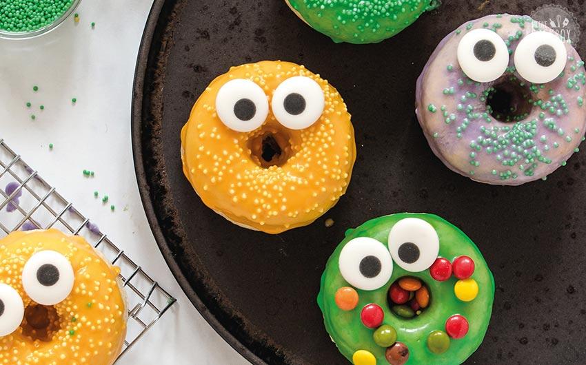 Beste Halloween Rezepte: Halloween Monster Donuts
