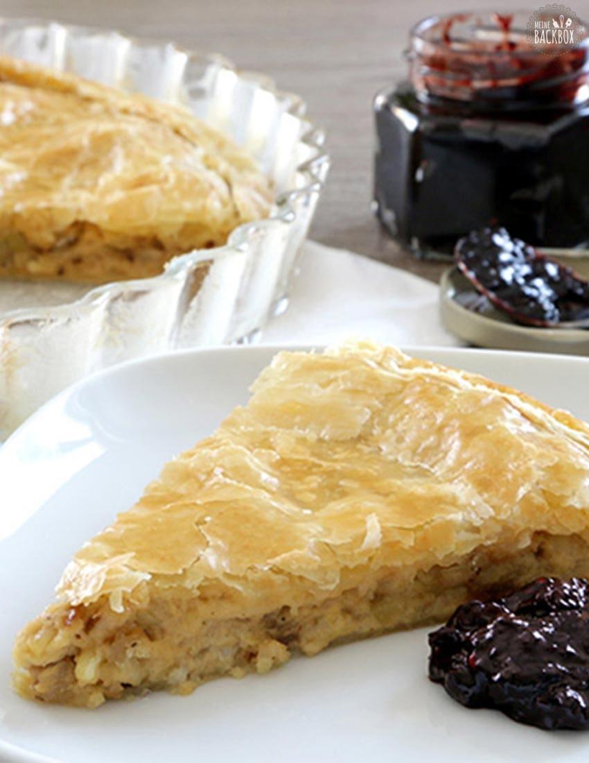 Cheese & Onion Pie mit Johannisbeer Chutney