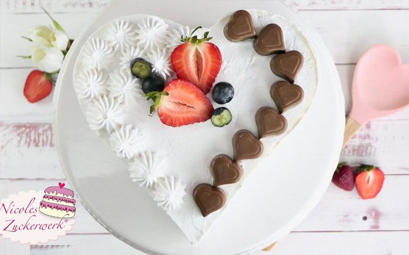 Fruchtige Joghurt Torte zum Muttertag Nicoles Zuckerwerk