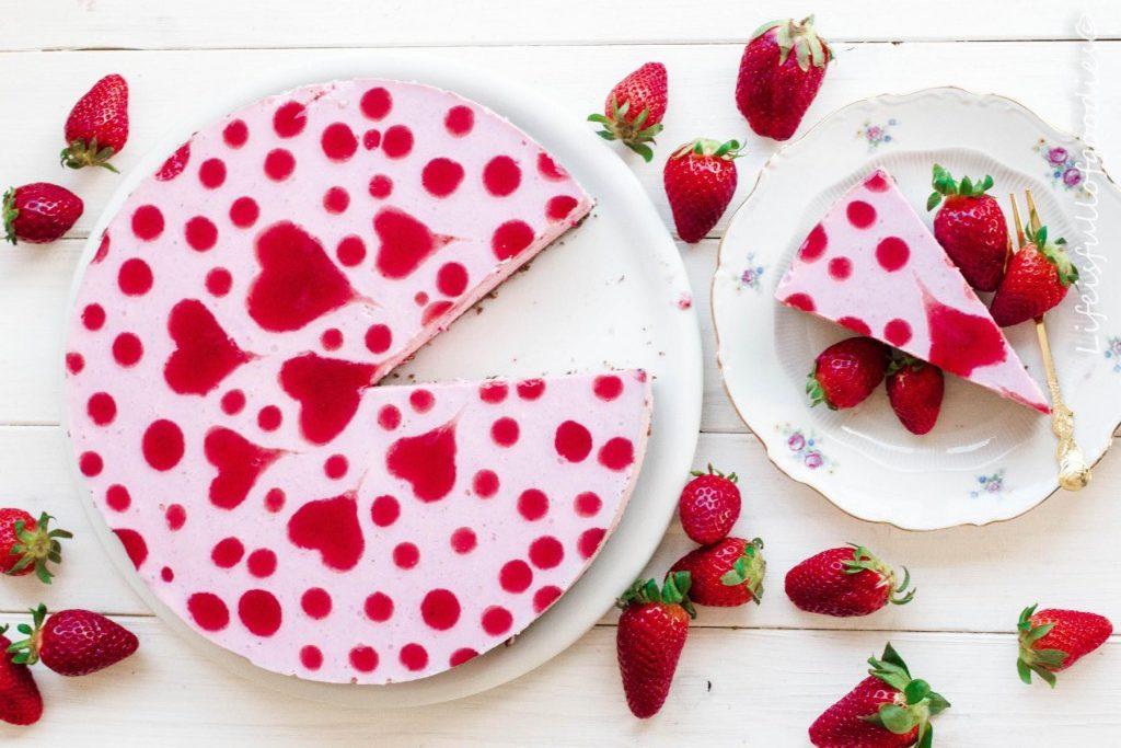 Herziger Erdbeer Joghurt Kuchen Rezept lifeisfullofgoodies